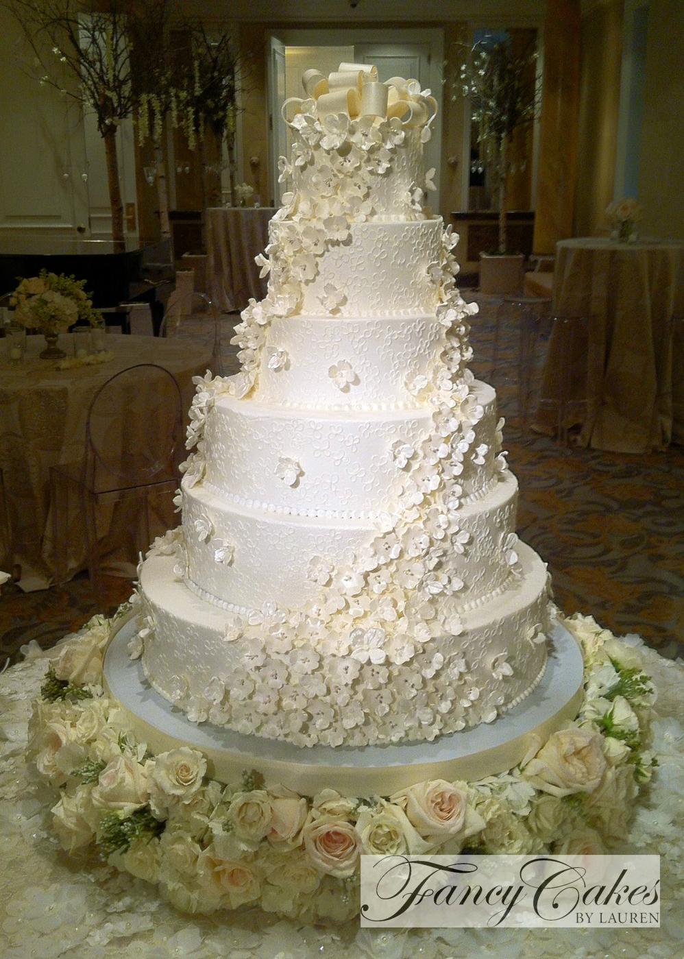 Wedding Dress Style Silk Flower Cascade For Wedding Cake