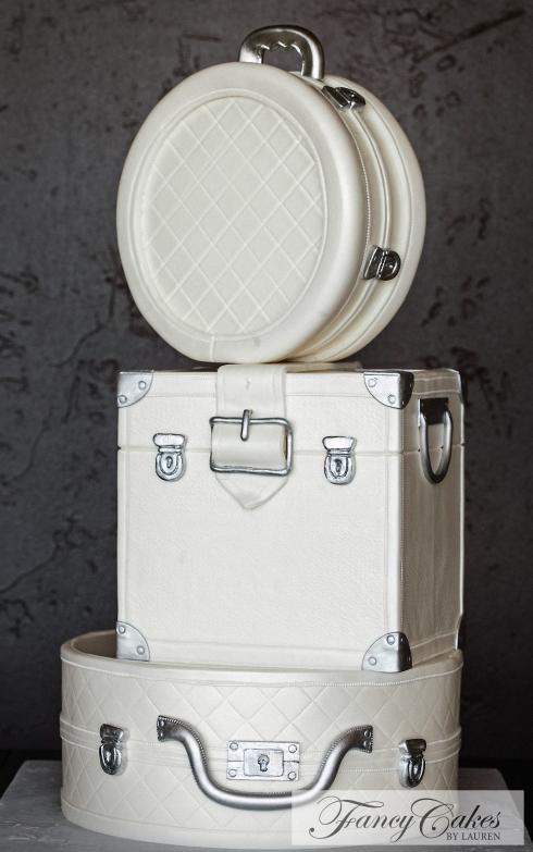 White Luggage WeddingCake