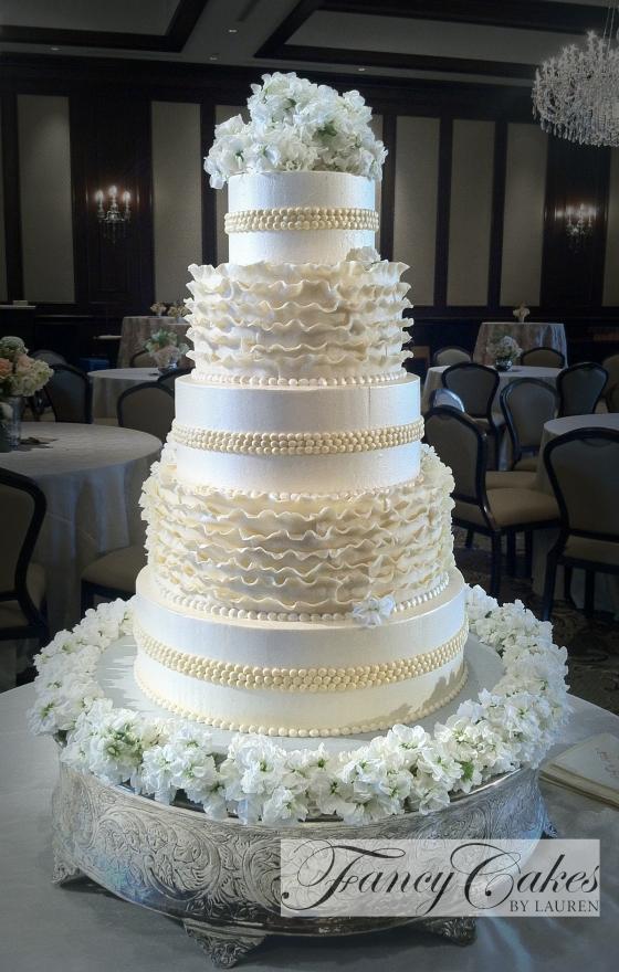 Polly's Ruffle Cake