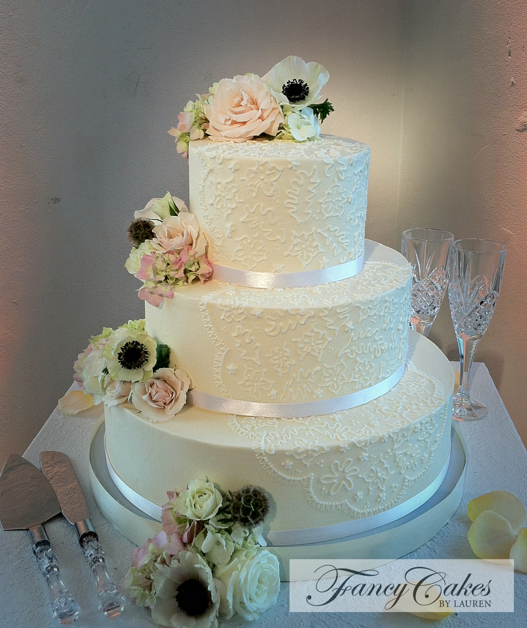 1000 images about Wedding Cake Piped on Pinterest